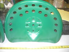 1 NEW JD  GREEN ANTIQUE STYLE HORSE  FARM MACHINE  TRACTOR METAL BAR STOOL  SEAT