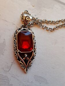 MORTAL INSTRUMENTS ISABELLE LIGHTWOOD NECKLACE PENDANT RUBY SHADOWHUNTER CLARY