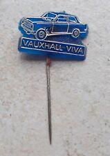 Badge Vintage Pins Auto Automobile VAUXHALL VIVA ancien 1970s