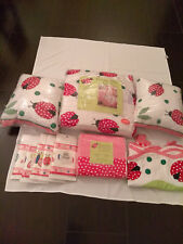 Twin Lady Bug Quilt Set+2 Throw Pillows+ Sheet Set+2 Valences+Wall Paper New