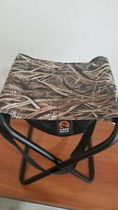 Mossy Oak Field Hunting Stool Folding Seat W/ Storage Bag&Carry Strap