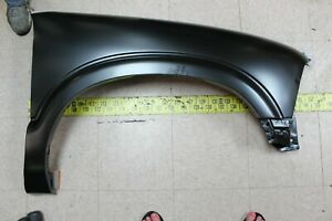 New Replacement RH Right Front Fender 1994-2005 Chevrolet S10 Blazer (FB5)