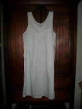 Women's vintage white, silk blend lacy embroidered night gown size S