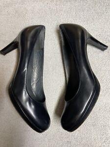 Stuart Weitzman Womens Black Leather Heels Dress Pumps Shoes Size Sz 8 Medium M