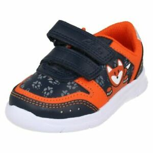 BOYS CLARKS ATH DOT  RIP TAPE FASTENING TRAINERS