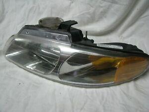 1996 97 98 99 2000 DODGE CARAVAN CHRYSLER T&C DRIVER'S SIDE HEADLIGHT ASSEMBLY