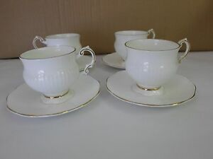 Set of 4 Vintage Elizabethan Fine Bone China Cups & Saucers White w/ Gold Trim