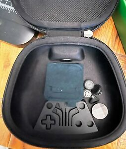 Xbox Elite Series 2 Case Charging Pad Manual Box and some Thumbstick