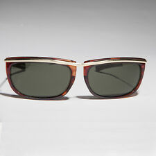 Sporty Gold Frame 90s Aviator Sunglass with Paddle Temples Tortoise - Jenner