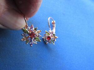 VINTAGE STERLING SILVER  VERMEIL GARNET SAPPHIRES FLOWER EARRINGS PIERCED