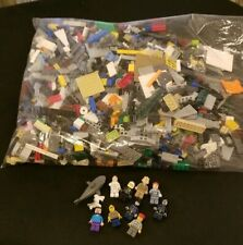 LEGO 5 Pounds Of Mixed Bricks And Pieces with 9 Minifigs