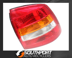 HOLDEN ASTRA TAIL LIGHT LAMP SUIT RH SIDE HATCH BACK TS 1998-2004 MODELS *NEW*
