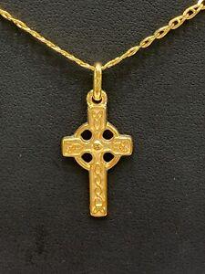 9ct 9k Yellow Gold Celtic Irish Crucifix Cross Pendant 2.5 Grams. Brand New