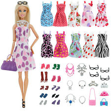 Dressing poupée 32 Accessoires - Vêtements - Habits Compatible Poupée Barbie