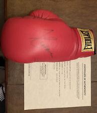 julio caesar chavez signed 14oz everlast boxing glove 1992 certified auto
