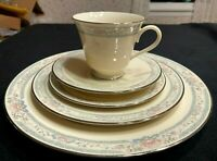 Lenox CHARLESTON 5 Piece Place Setting Dinner, Salad, Bread, Cup and Saucer Mint
