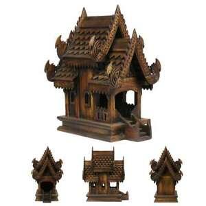 Traditionelles Geisterhaus aus Holz in Dunkelbraun Geisterhäuschen San Phra Phum
