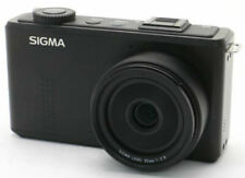 Sigma DP2 Merrill with accessories *46 effective MP Image sensor