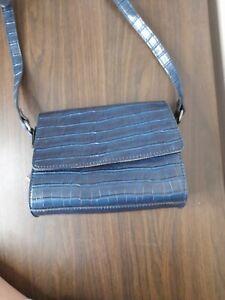Carpisa Ladies Small Shoulder Bag Navy Blue Handbag Cross Body Bag Faux leather