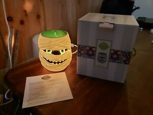 Scentsy Home  Under Wraps Halloween Full size Warmer