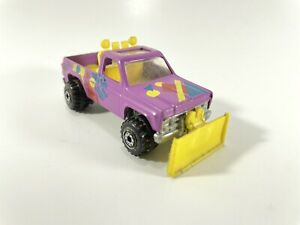 Vtg Hot Wheels Snow Diecast Metal Purple and Dirt Removal Plow Truck 1979