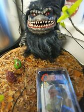 More details for critters replica horror figure prop bust with mini figures and sideshow