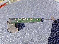 Ancien insecticide en tôle-fly tox/cobra-puvérisateur