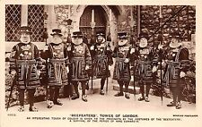 B85375 beefeaters tower  military militaria  london uk