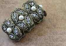 B423 Forever 21 Victorian Gem Gemstone w/ Pearl Bridal Stretchy Bracelet  US