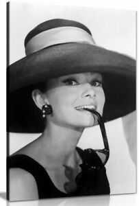 Audrey Hepburn With Sunglasses Black & White Canvas Wall Art Picture Print