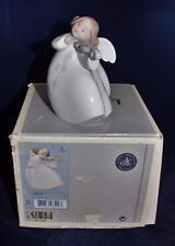 Lladro Spanish Porcelain Figurine 6529 LITTLE ANGEL WITH VIOLIN Jose Puche