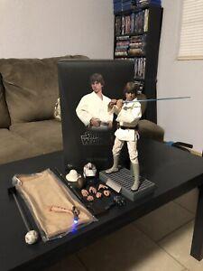 Hot Toys Star Wars Episode IV A New Hope Luke Skywalker 11 inch Action Figure -