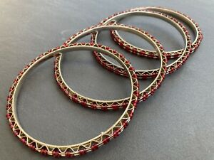 Set of 4 silver-toned wire and red seed beaded bangles BR012