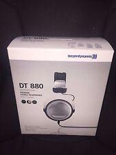 New Beyerdynamic DT 880 Premium Stereo Dynamic Headphone 32 Ohms Silver NIB