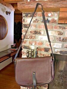 Large Louis Vuitton Omaha Messenger Bag