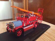 Fire truck 1921 DENNIS N Type  Yat Ming 1:43