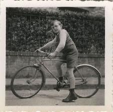 PHOTO ANCIENNE - VINTAGE SNAPSHOT - VÉLO CYCLISTE BICYCLETTE GARÇON - BIKE