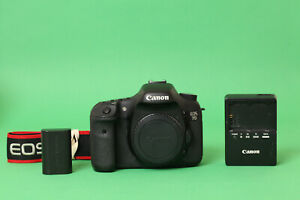 Canon EOS 7D 18.0MP DSLR Camera (Body Only) - 73825 Shutter Count