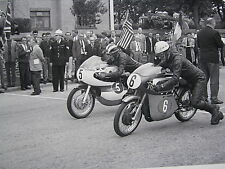 Poster Tourist Trophy Isle of Man 1965 #5 Yamaha 250 Read #6 Bultaco 250 Avery