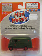 Classic Metal Works USA 1:87 International Metro Van  REA    Fertigmodell