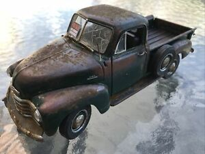 Barn Find Cars - Model Art: Danbury Mint 1:24 Scale 1953 Chevrolet - Unique!