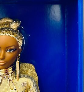 Golden Galaxy AA Doll - 2017 NBDCC - Platinum Label Collection - NRFB - VLE 330