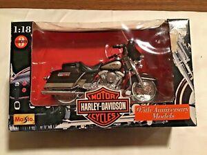 Maisto 1:18 Harley-Davidson Series #3 95th Anniversary Models