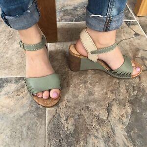 Clarks Cushion Plus Spiced Poppy Light Green Leather Wedge Heel Sandals Uk 6.5 E