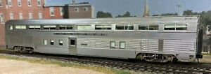 Walthers HO Scale Santa Fe El Capitan 85' Budd Hi-Level Step down coach