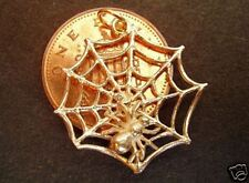WONDERFUL  9CT GOLD ' MOVING SPIDER ON WEB ' 3D CHARM