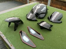 2220 Triumph Speed Triple 1050 Chequered Flag METAL Petrol Fuel Tank and Panels