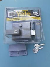 Yale Deadlatch Complete Boxed with Keys