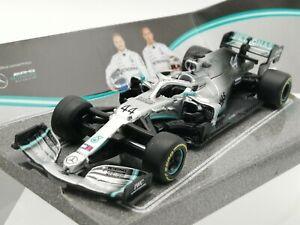 BURAGO 38136 MERCEDES AMG PETRONAS W10 EQ POWER + F1 model car L Hamilton 1:43