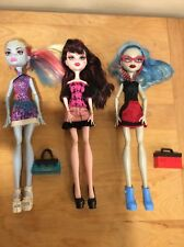 MATTEL MONSTER HIGH DOLL LOT OF 3 Draculaura, Ghoulia, Abbey Nice!